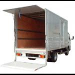 トラックの荷物の積み込みに大活躍の「パワーゲート」の価格や特徴