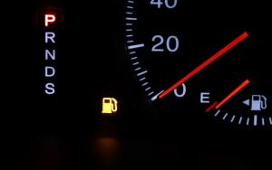 給油時のエンプティマーク点灯