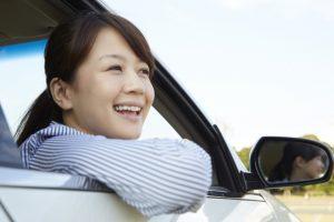 女性 運転